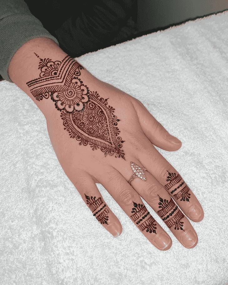 Delicate Noida Henna Design