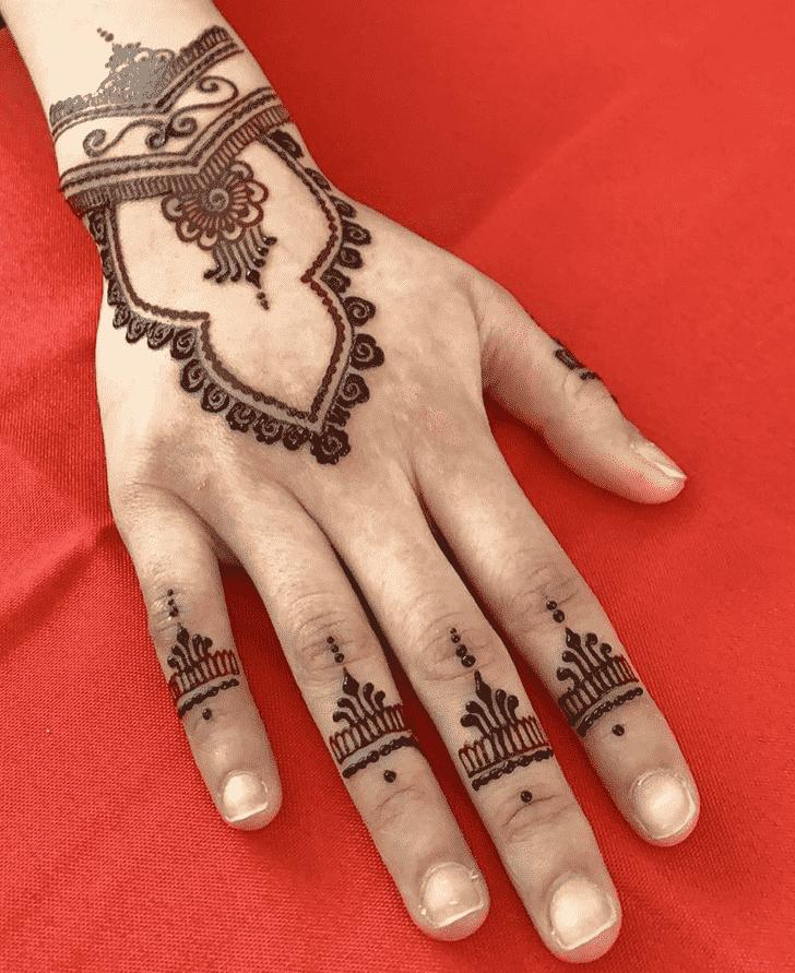 Arm Noida Henna Design
