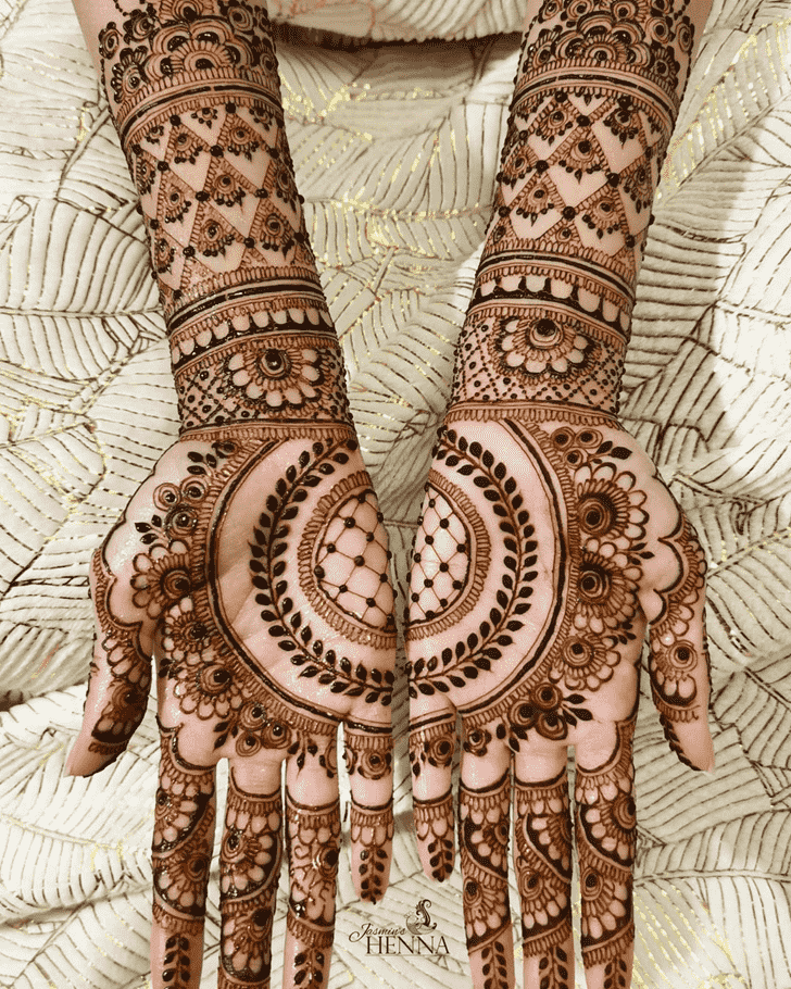 Exquisite Noida Henna Design