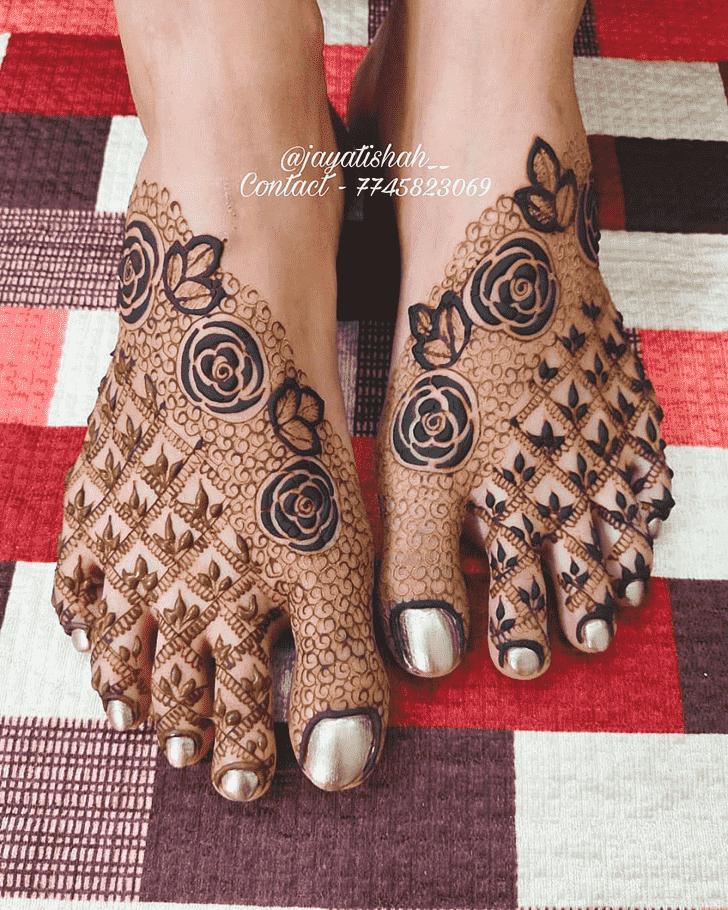 Fascinating Noida Henna Design