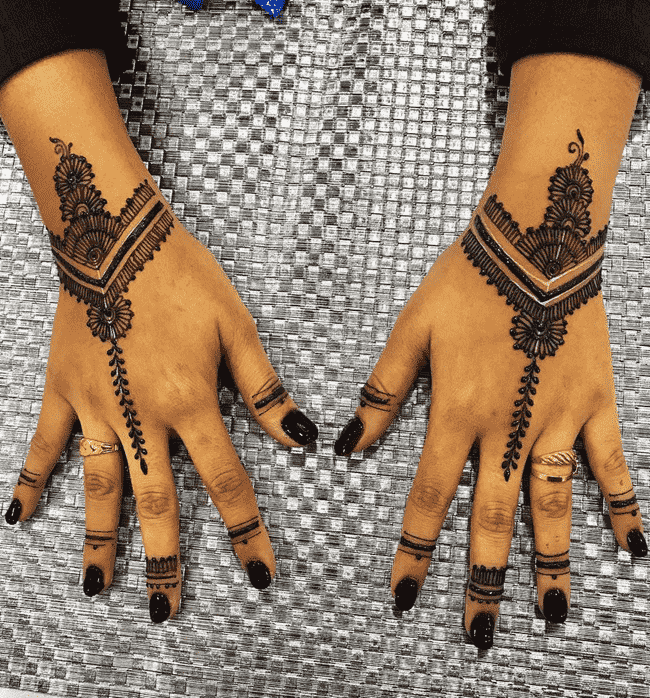 Appealing Ooty Henna Design