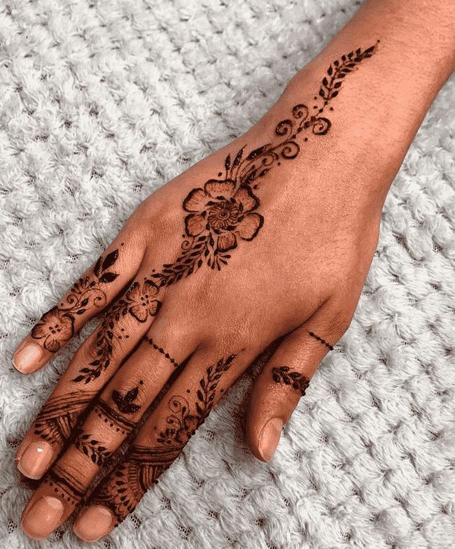 Beauteous Ooty Henna Design