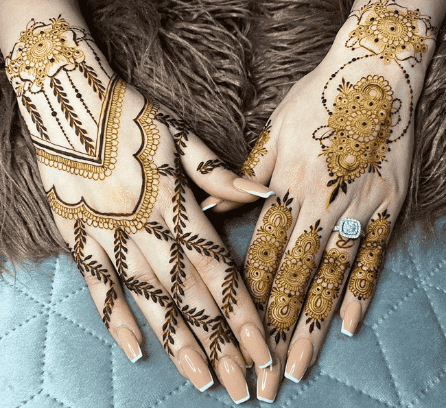 Bewitching Ooty Henna Design