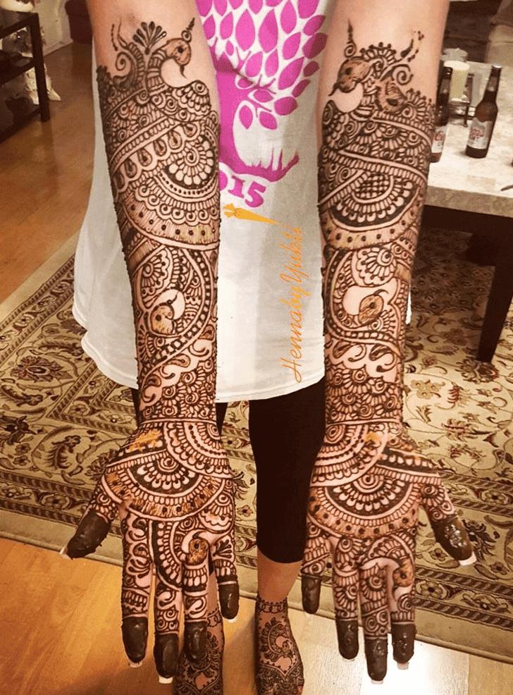 Charming Pakistani Henna Design