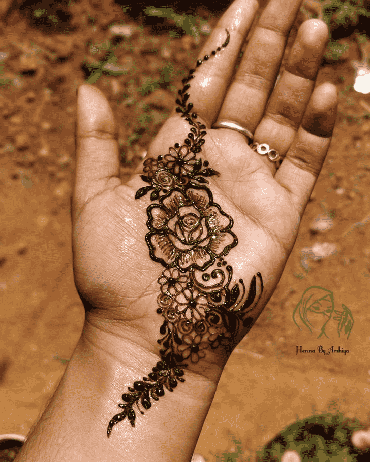 Beauteous Palm Henna Design