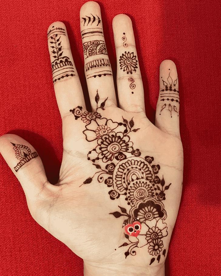 Captivating Palm Henna Design