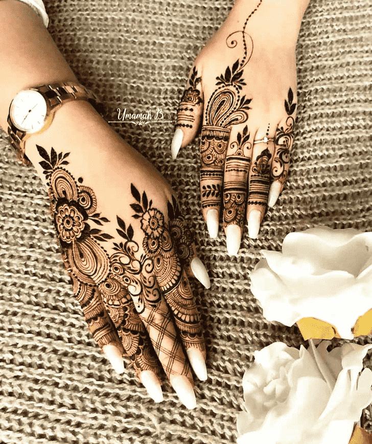 Delicate Pattern Henna Design