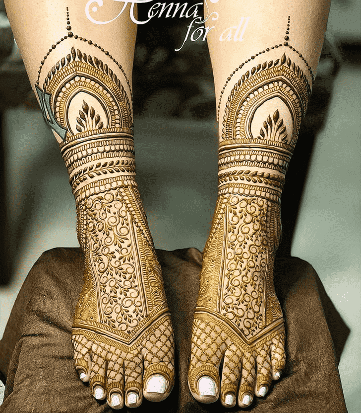 Elegant Pattern Henna Design