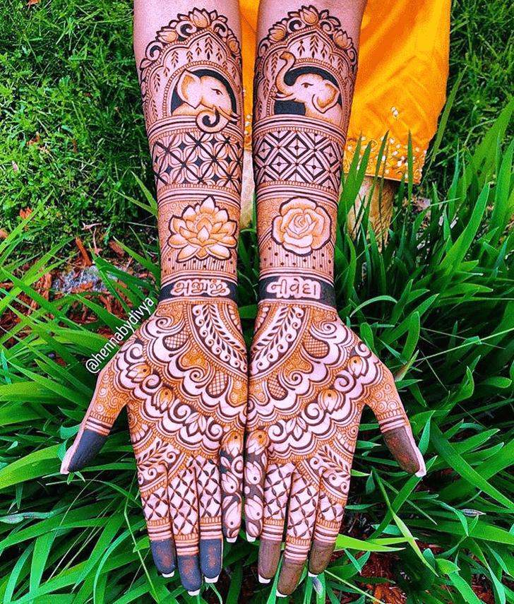 Nice Pattern Henna Design