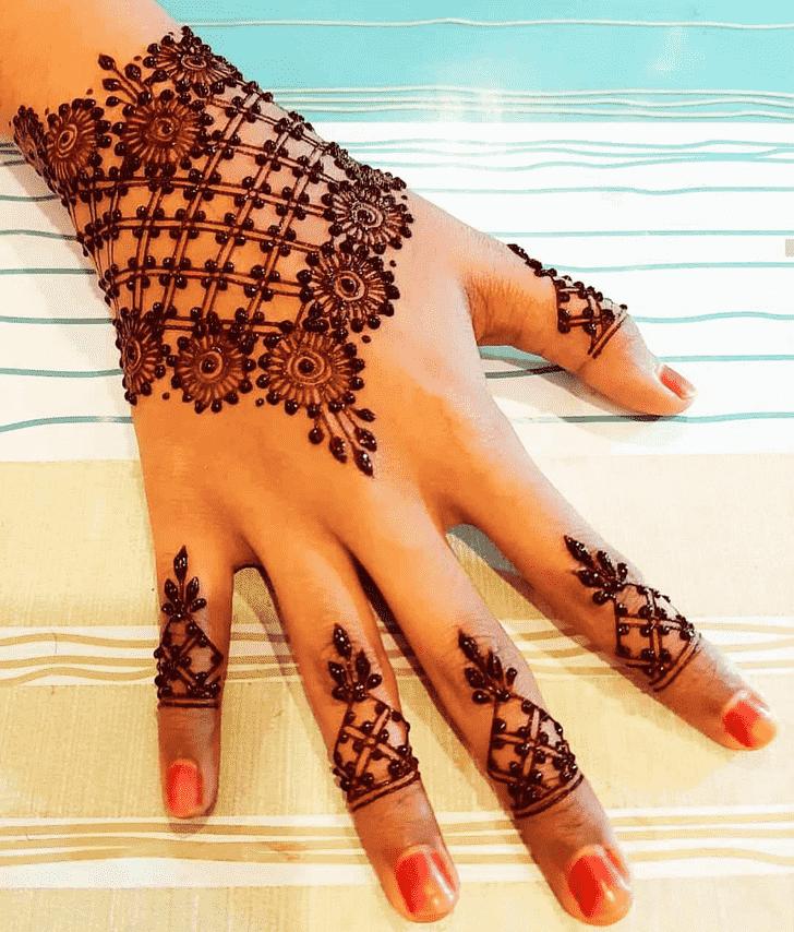Pleasing Pattern Henna Design