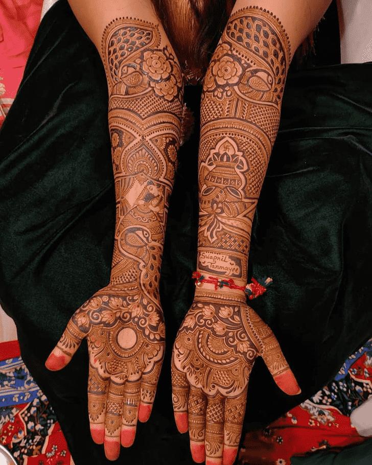 Shapely Pennsylvania Henna Design