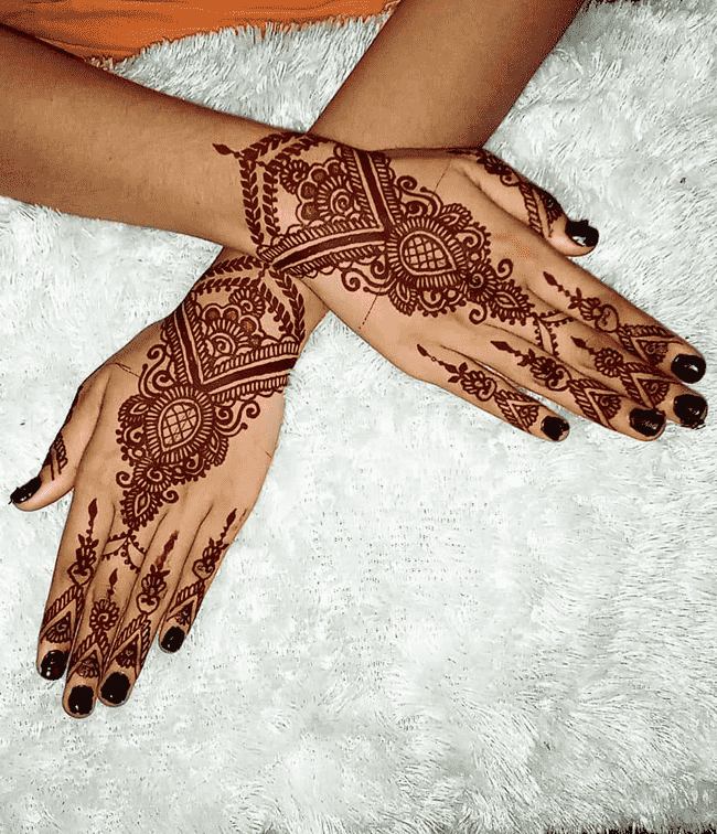 Adorable Peshawar Henna Design
