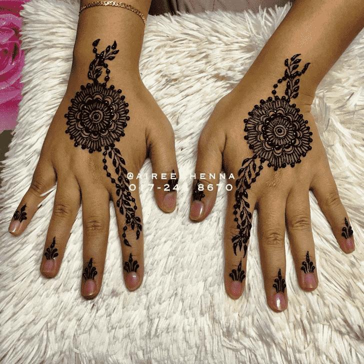 Classy Pradosh Vrat Henna Design