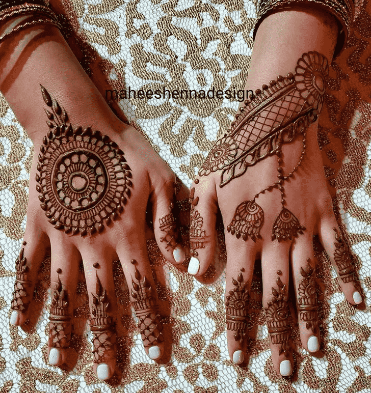 Angelic Prayagraj Henna Design