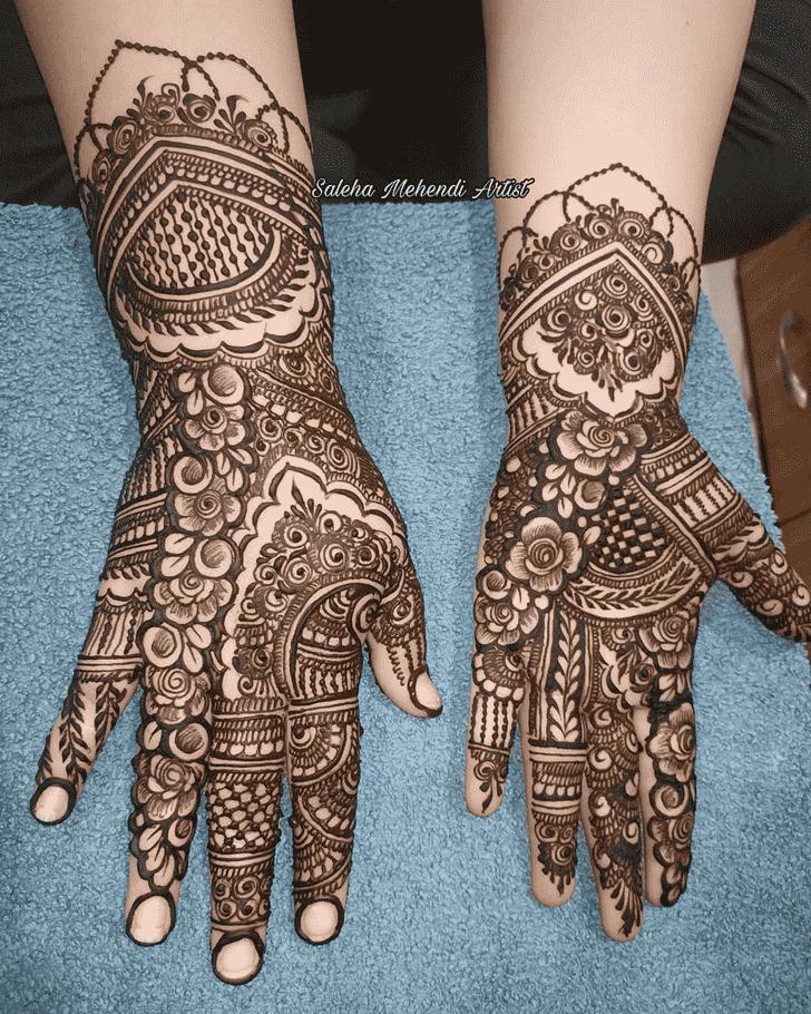 Enticing Prayagraj Henna Design