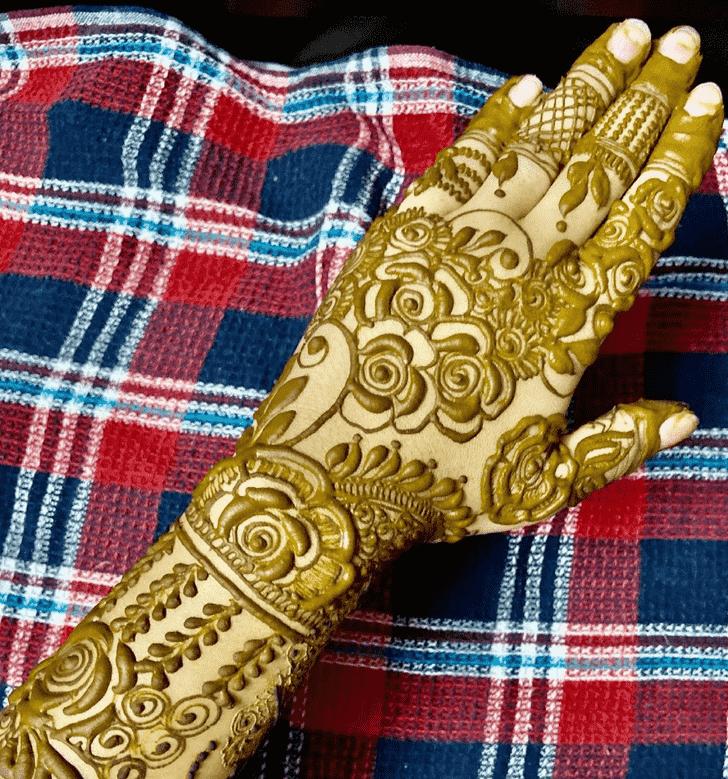 Fascinating Prayagraj Henna Design