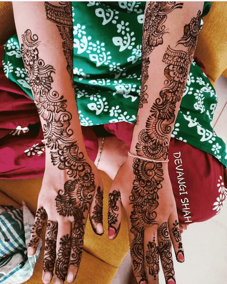 Fetching Prayagraj Henna Design