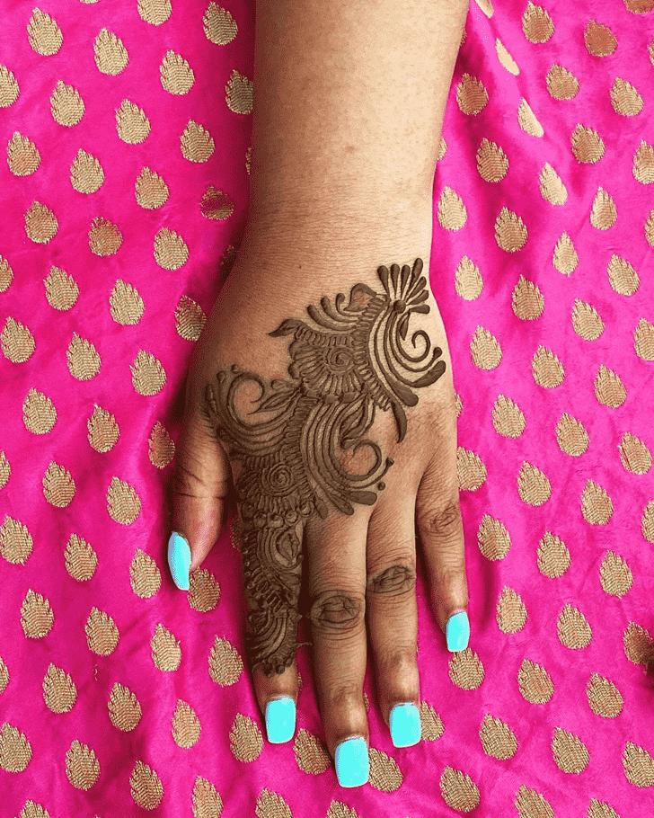 Pretty Prayagraj Henna Design