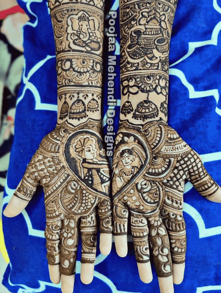 Ravishing Prayagraj Henna Design