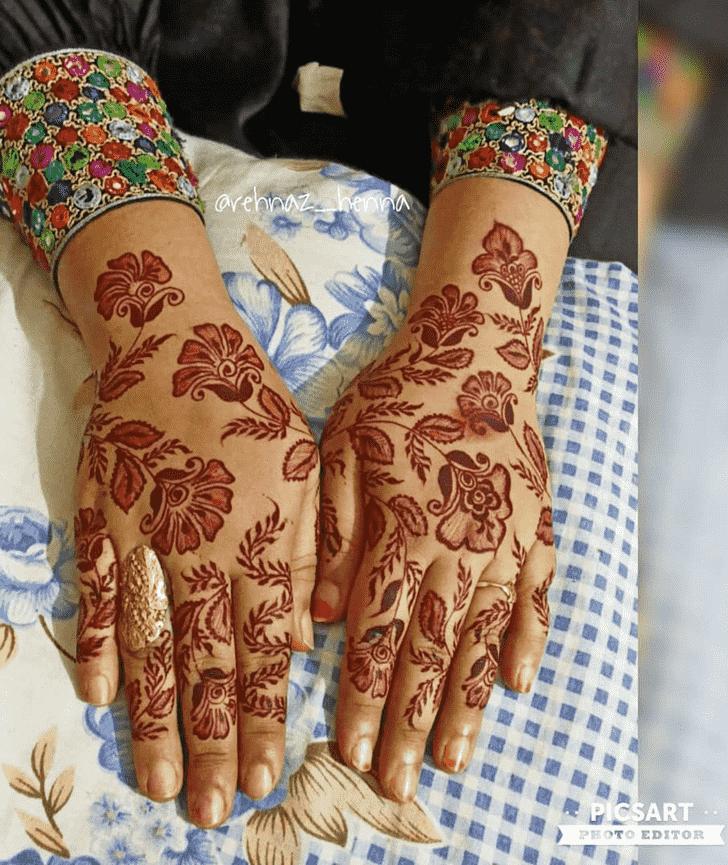 Splendid Prayagraj Henna Design
