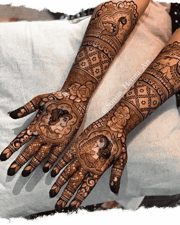 Alluring Professional Henna Design