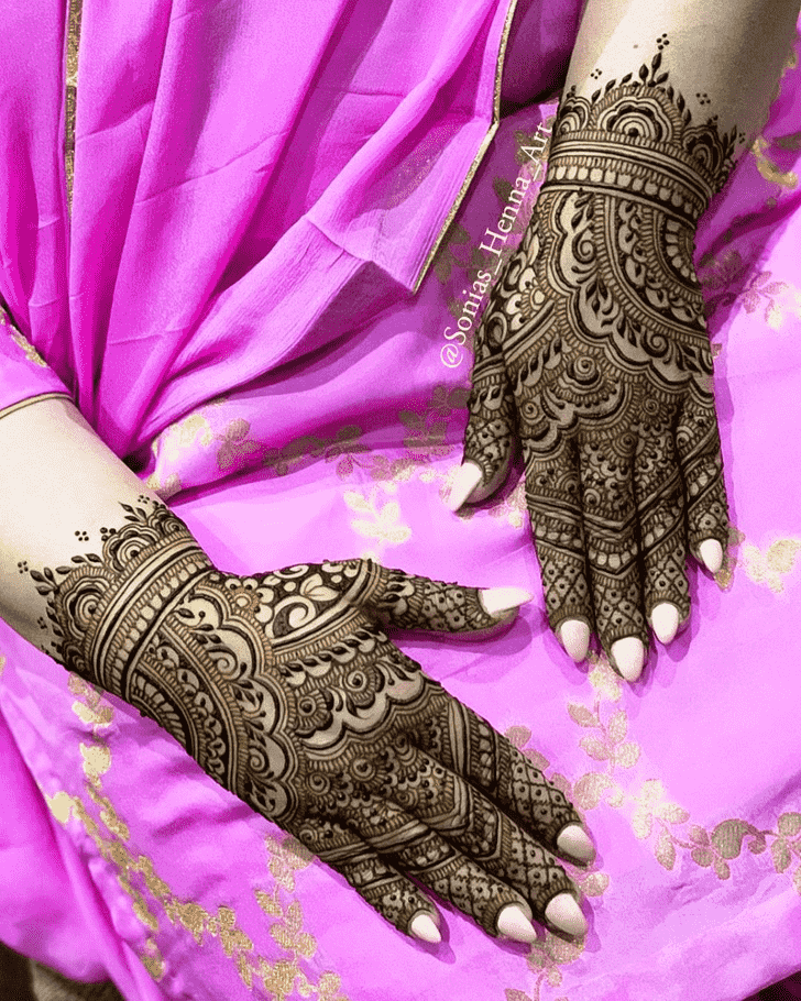 Bewitching Professional Henna Design