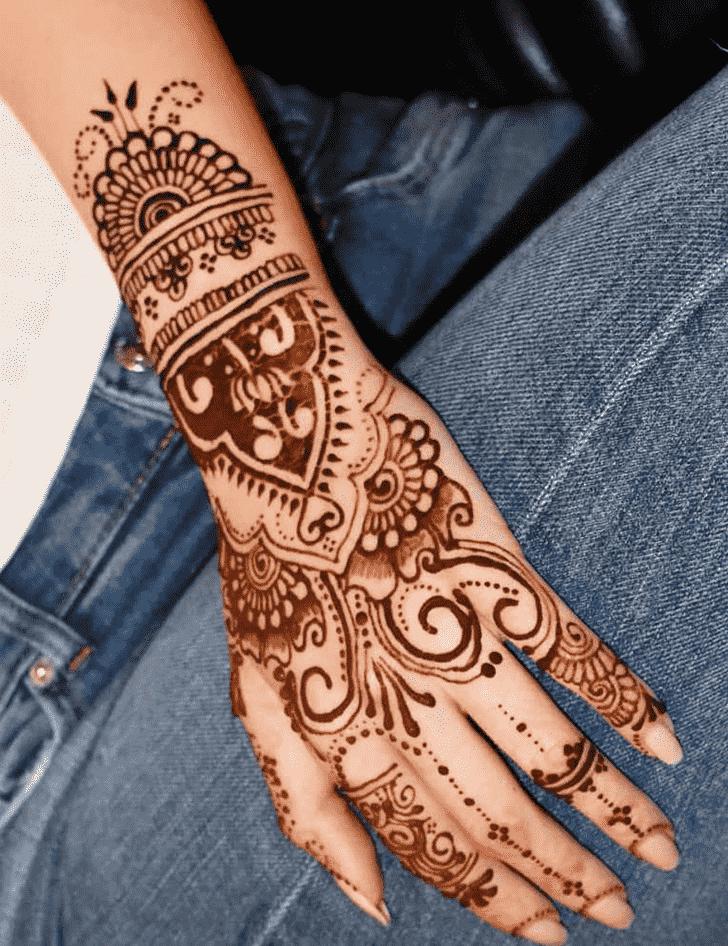 Alluring Pune Henna Design