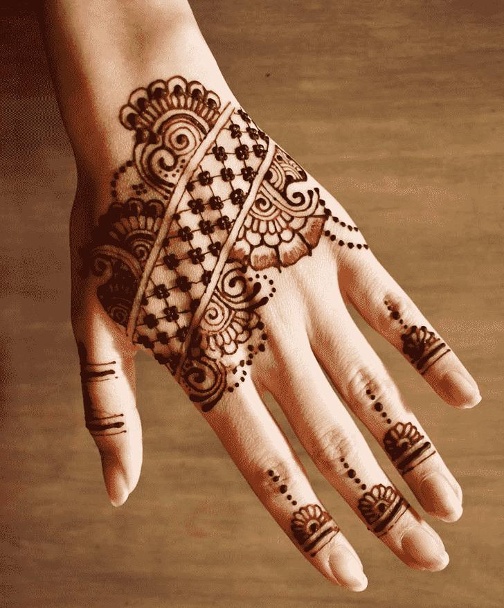 Beauteous Pune Henna Design