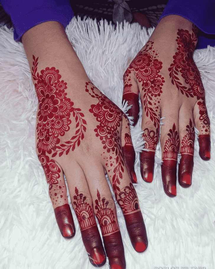 Ideal Punjabi Henna Design