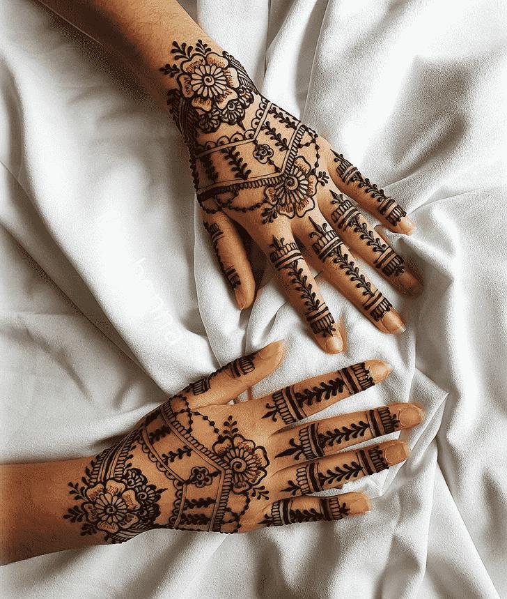 Ravishing Punjabi Henna Design