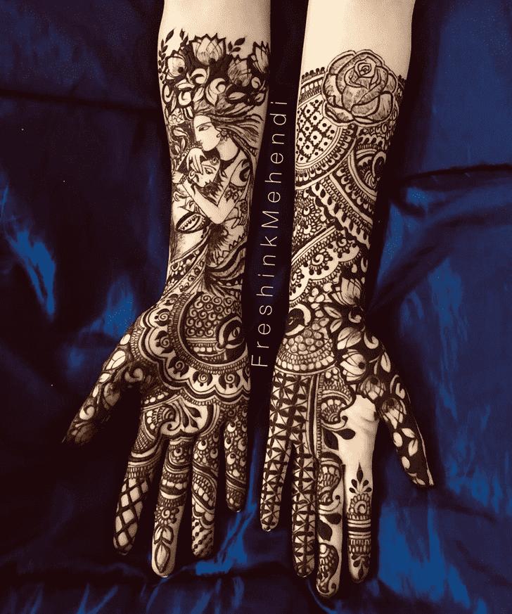 Alluring Raipur Henna Design