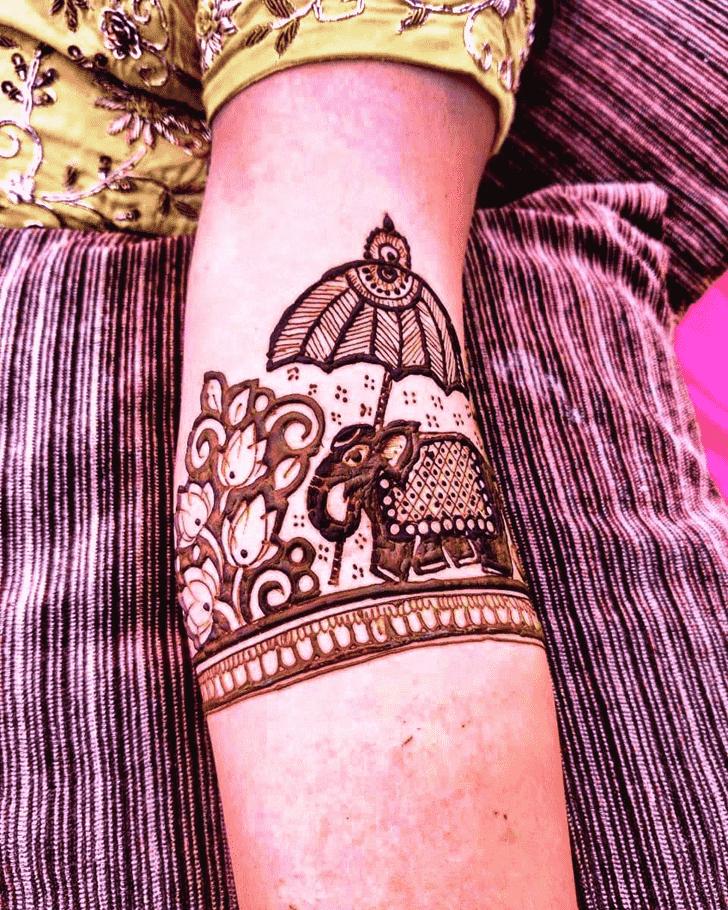 Beauteous Rajasthani Henna Design