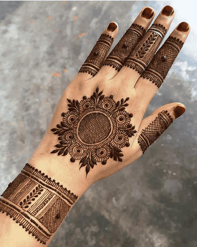 Appealing Rajkot Henna Design