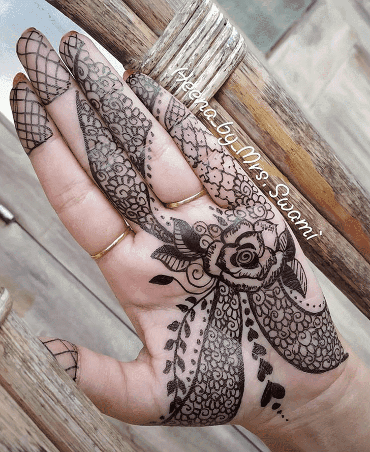 Classy Ranchi Henna Design