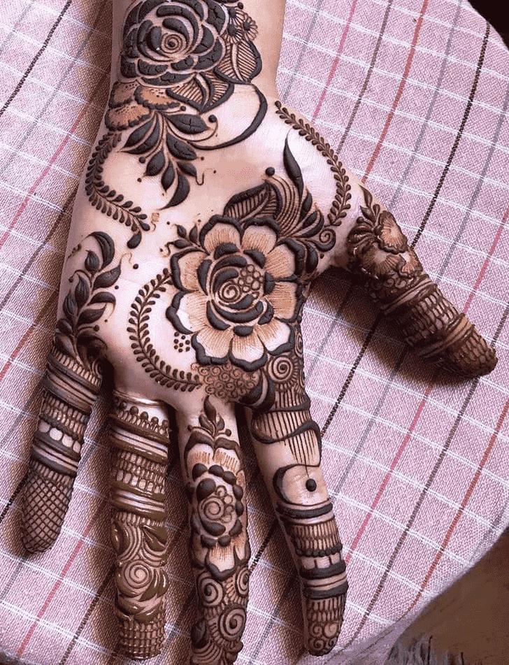 Angelic Rawalpindi Henna Design