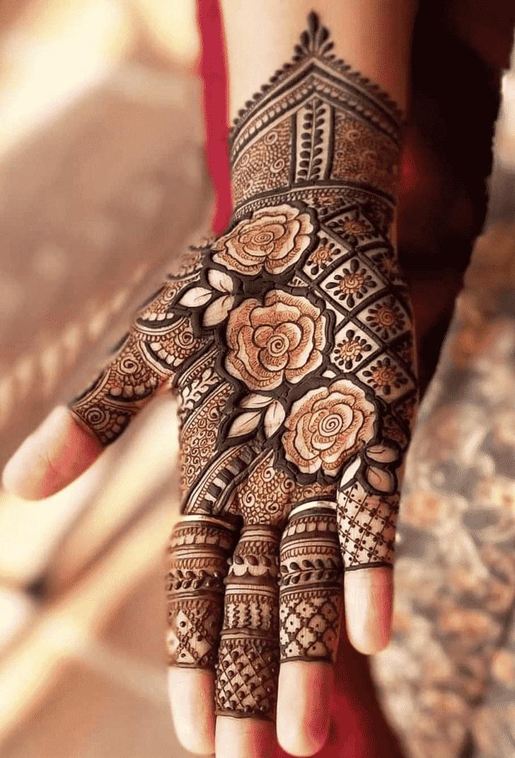 Bewitching Rawalpindi Henna Design