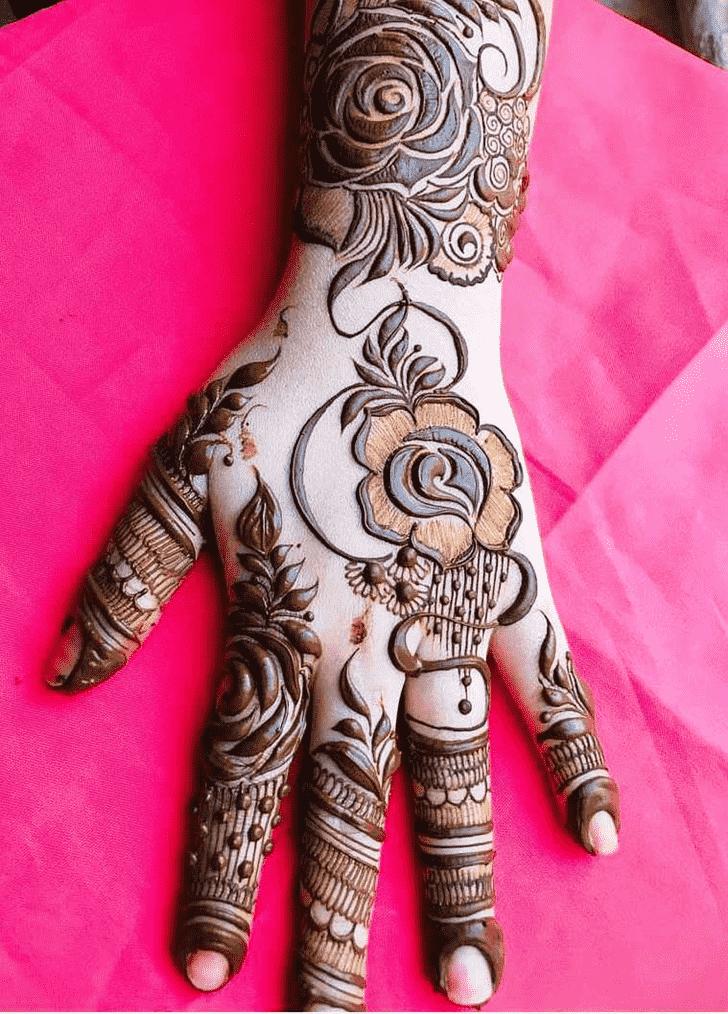 Classy Rawalpindi Henna Design