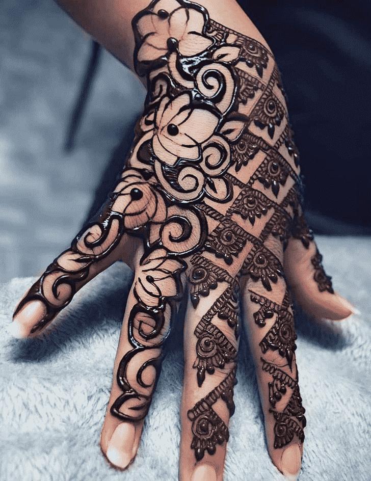 Delightful Rawalpindi Henna Design