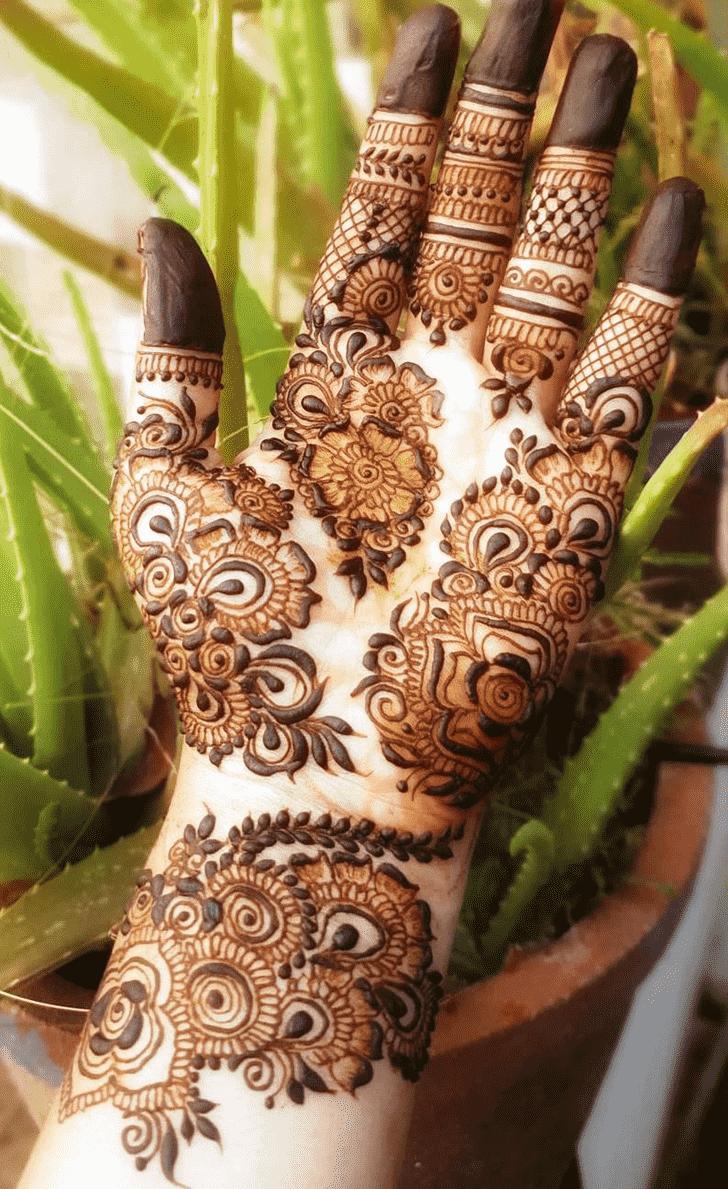 Excellent Rawalpindi Henna Design