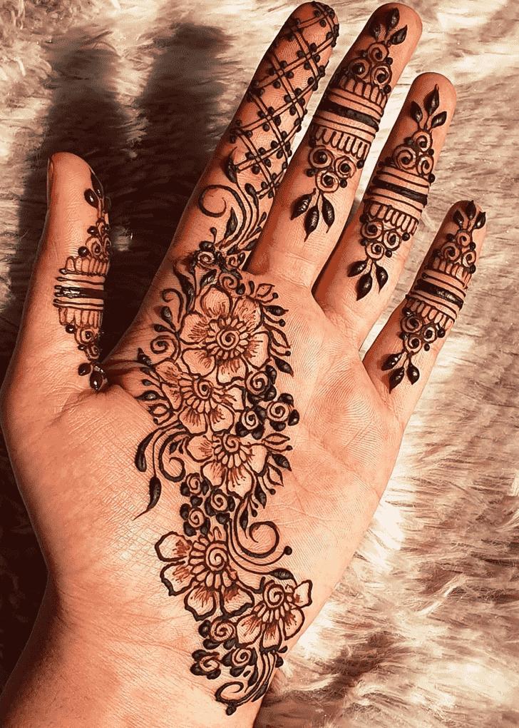 Graceful Rawalpindi Henna Design