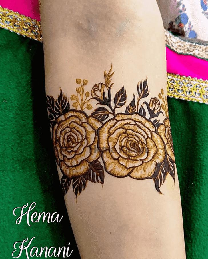 Marvelous Rawalpindi Henna Design