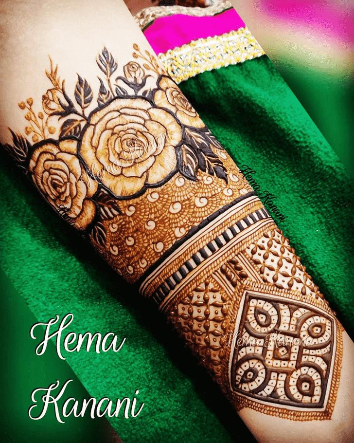 Nice Rawalpindi Henna Design