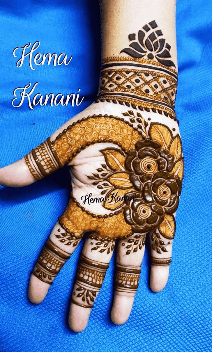 Pleasing Rawalpindi Henna Design