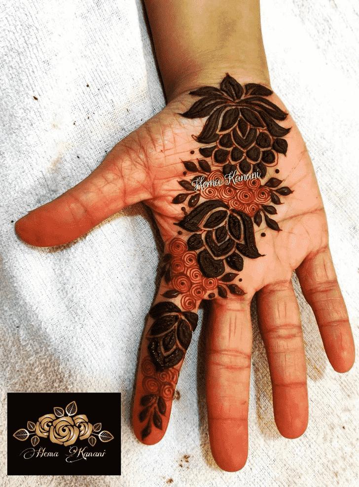 Radiant Rawalpindi Henna Design