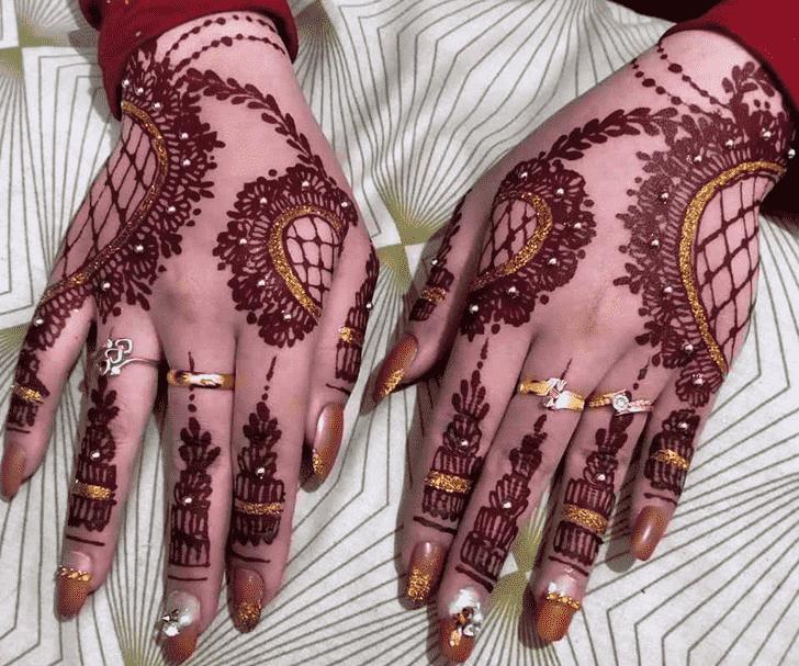 Resplendent Red Henna Design