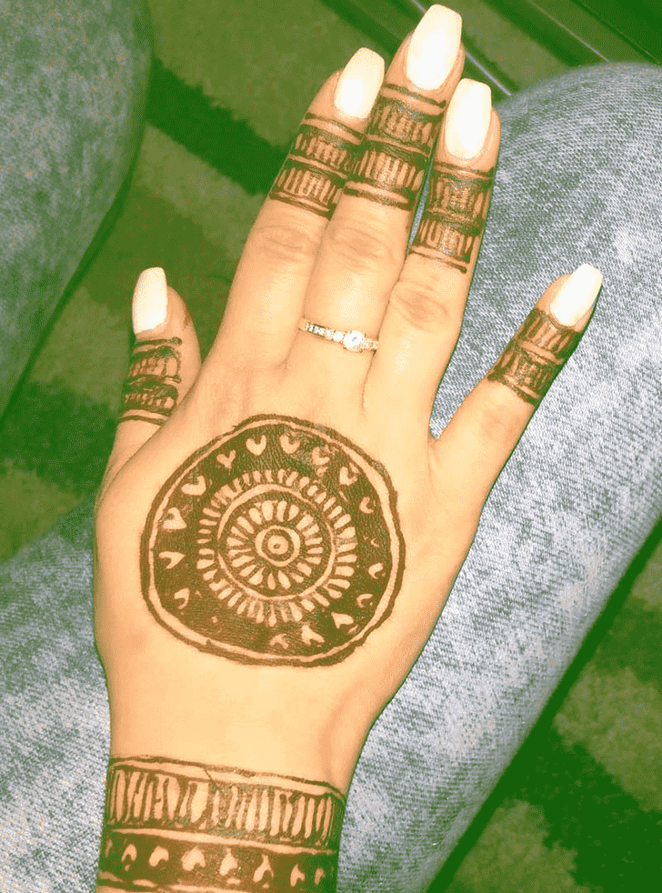 Adorable Right Hand Henna design