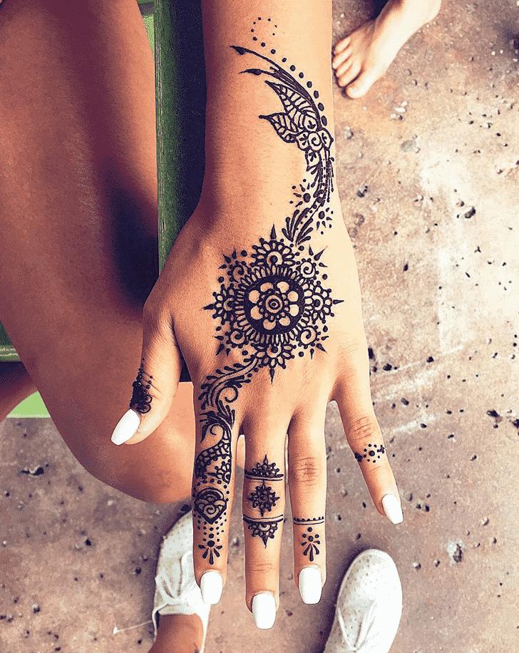 Appealing Ring Henna Design