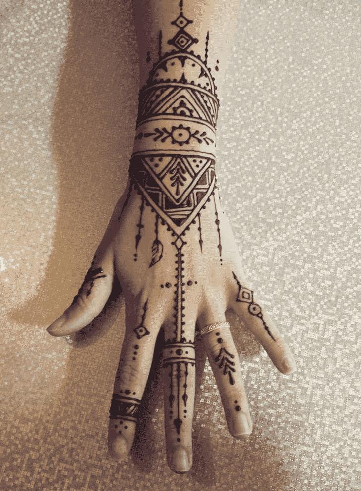 Captivating Ring Henna Design