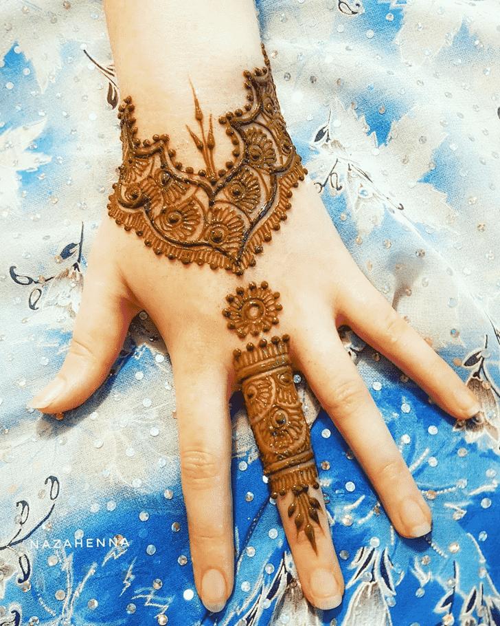 Charming Ring Henna Design
