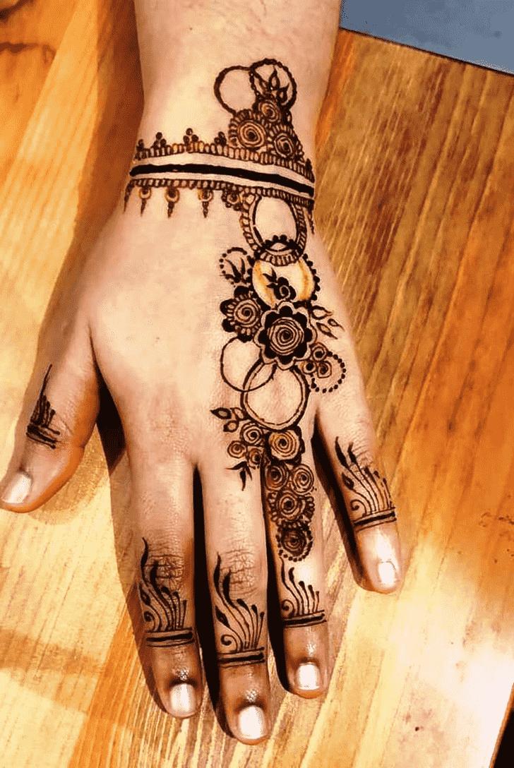 Magnificent Ring Henna Design